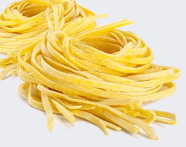 Produzione pasta all'uovo fresca artigianale
